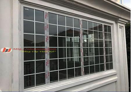 5 mẫu cửa sổ nhôm kính đẹp tốt nhất hiện nay.