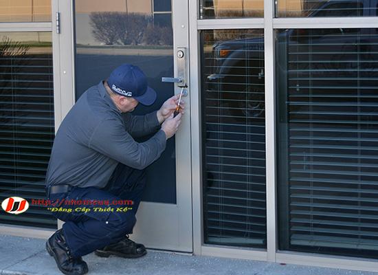 Dịch vụ sửa chữa cửa nhôm kính tại Hải Dương.