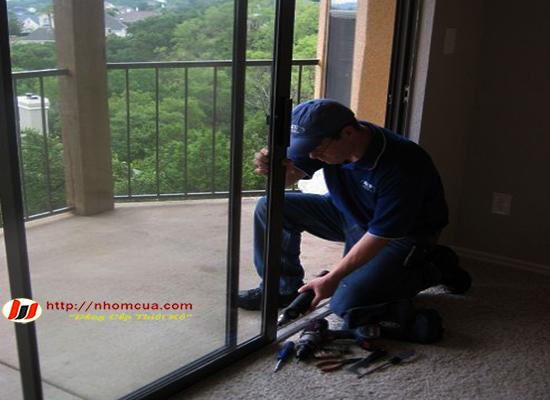 7 nguyên nhân khiến cửa nhôm kính bị kêu nên cần biết.