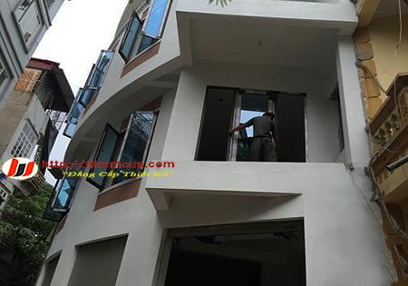 Sửa chữa cửa nhôm Xingfa nhập khẩu tại Hải Dương.