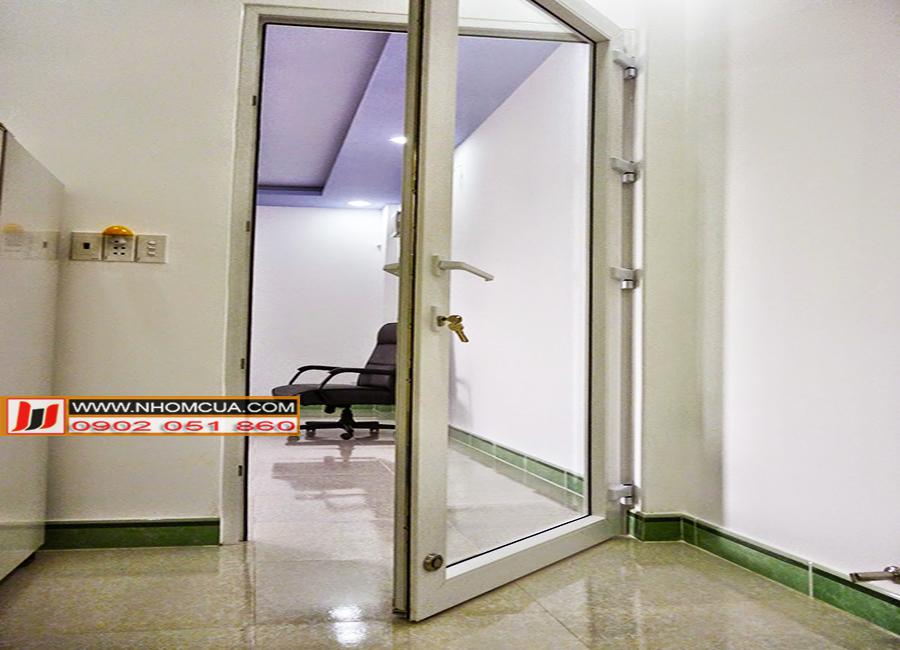 Phân loại ưu và nhược điểm cửa nhôm cao cấp 1 cánh